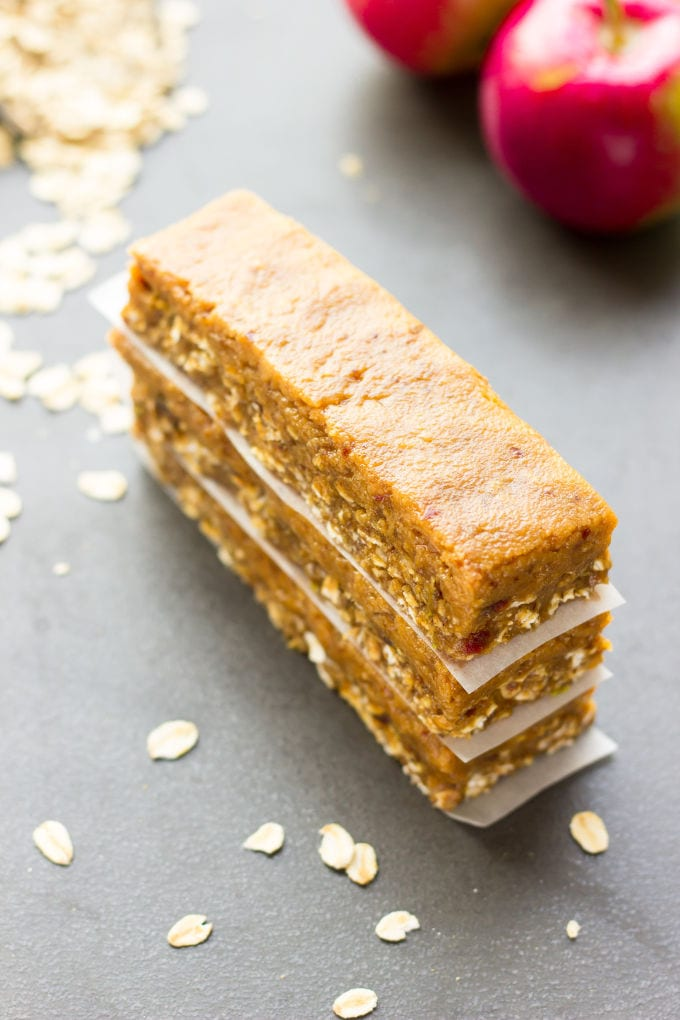 No-Bake Caramel Apple Pie Protein Bars