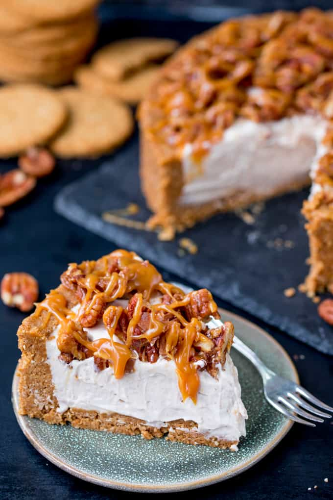 Winter Spiced Pecan Caramel Cheesecake