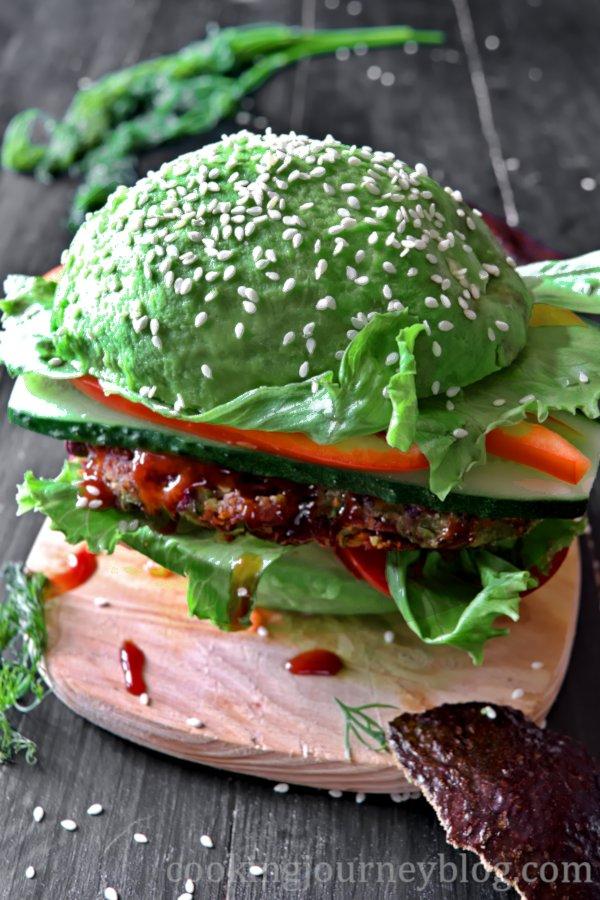 Avocado Burger on a wooden plate – Vegan Burger Recipe