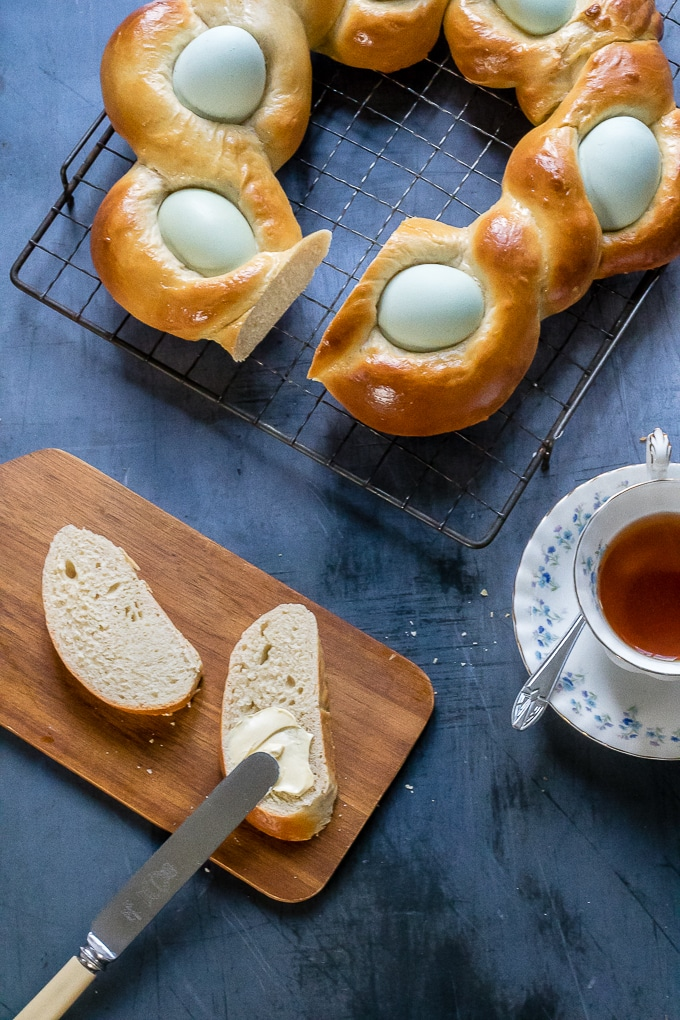 Braided bread, served with butter and tea