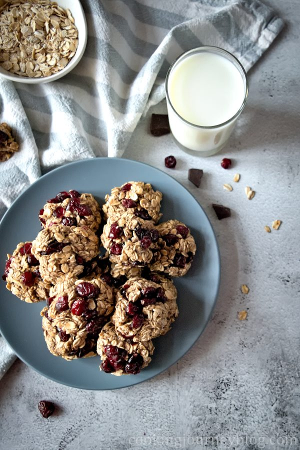Healthy oatmeal cookies on a plate, view from top