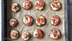 Add few capers on the eggplant pizza and enjoy!