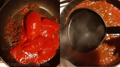 Whisk in 3 soup ladles of chicken broth and tomatoes with juice. Crush tomatoes with wooden spoon and bring the sauce to a boil.